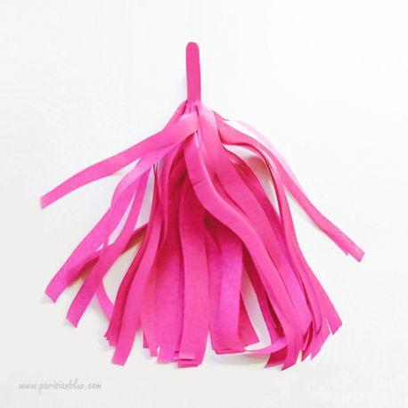 pompon franges tassel rose fuschia papier soie pour guirlande pompon diy