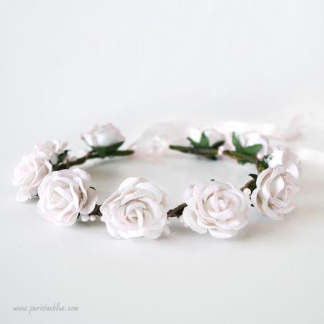 couronne de roses blanche s