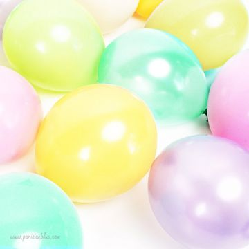 Maxi lot de 18 ballons nacre pastels