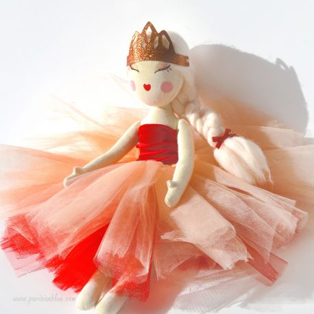 Poupée Ballerine rouge - Chloé