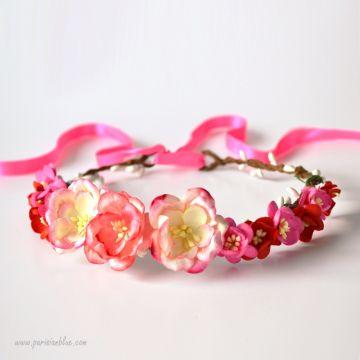 couronne de fleurs rose corail