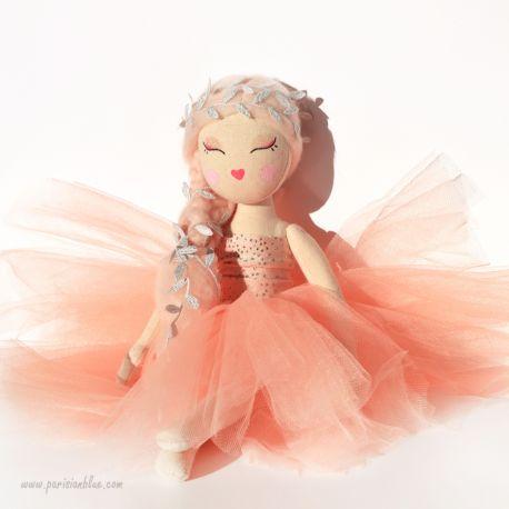 poupée ballerine peche