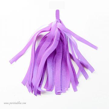 pompon franges papier de soie violet guirlande diy anniversaire princesse sofia fete petite fille
